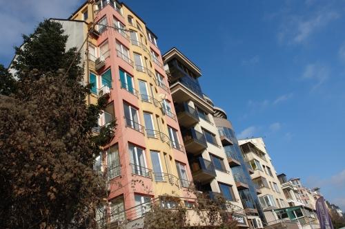 Асансьор в жилищна сграда